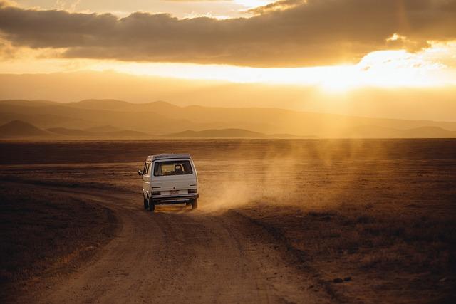 Wyjazdy internacjonalne czy musimy podróżować osobistym środkiem lokomocji?